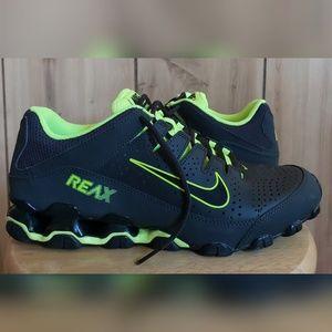 Men's NIKE REAX 8 TR Cross Training Shoes
